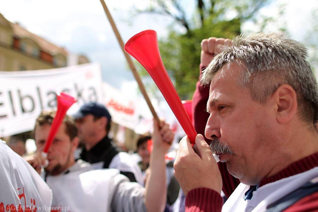 25 maja 2011 r. Związkowcy z Solidarności protestują przeciwko polityce polskiego rządu