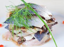 Matias z sałatką z suszonych grzybów - ugotuj