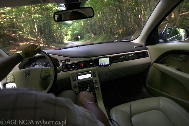 Samochód z nawigacją GPS