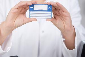 Jak słono nie zapłacić za leczenie podczas wakacji? Europejska Karta Ubezpieczenia Zdrowotnego (EKUZ) - pytania i odpowiedzi