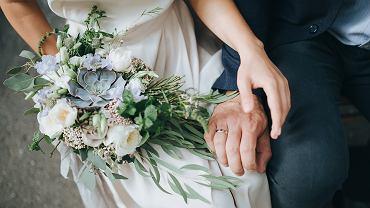 Ślub w tajemnicy przed rodziną