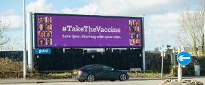 COVID-19: Wielka Brytania w przyszłym tygodniu rozpoczyna masowe szczepienia trzecią dawką