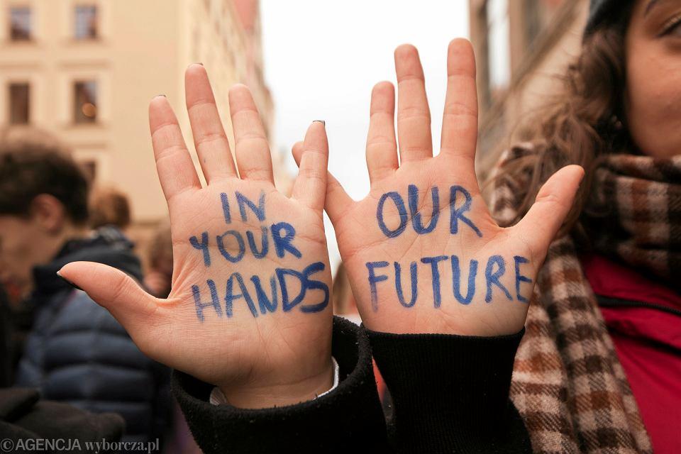 Młodzieżowy Strajk Klimatyczny/ zdjęcie ilustracyjne
