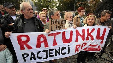 Manifestacja poparcia dla protestu lekarzy rezydentów