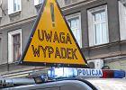 Karambol na DK 61. W centrum Grajewa zderzyło się sześć samochodów. Są ranni