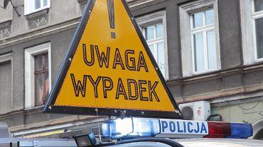 Wypadek na drodze wojewódzkiej.