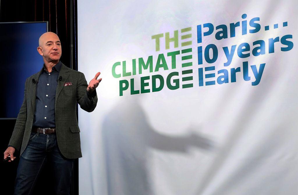 Jeff Bezos przeznaczy 10 mld dol. na rzecz walki ze zmianami klimatycznymi