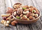 Orzechy - rodzaje i właściwości. Dlaczego warto jeść orzechy i kiedy je włączać do diety?