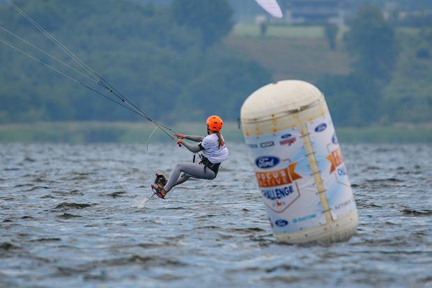 Zakończono I etap zawodów o Puchar Polski w kitesurfingu
