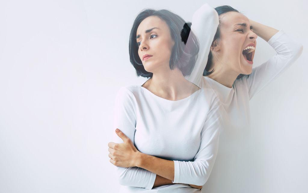 Mania, czyli euforia? Czysta radość? Niestety, przede wszystkim brak kontroli. Obie strony choroby dwubiegunowej są groźne.
