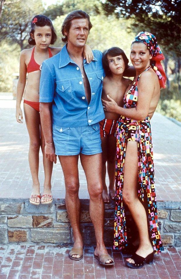 Roger Moore z rodziną