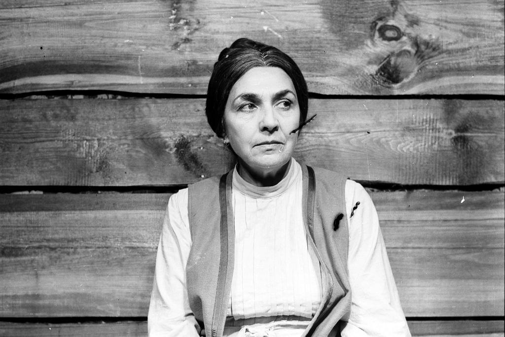 Zofia Rysiówna w przedstawieniu 'Burza' w Teatrze Nowym