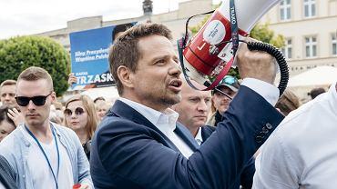 Rafał Trzaskowski podczas spotkania z mieszkańcami Kościerzyny