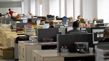 Centrum usług biznesowych - zdjęcie ilustracyjne/MATEUSZ SKWARCZEK Agencja Gazeta