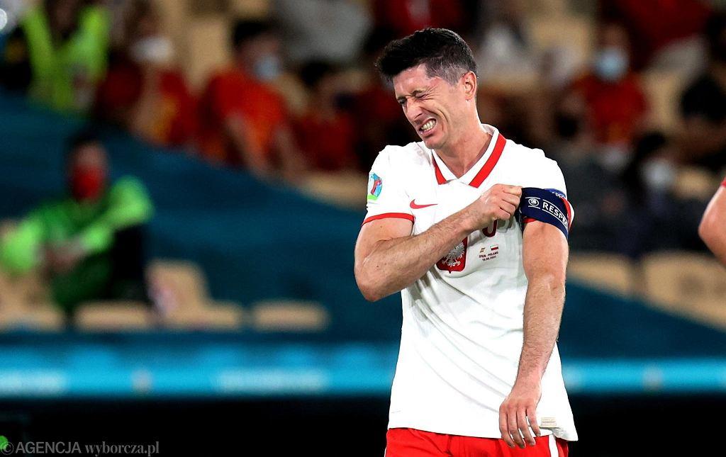 Robert Lewandowski podczas meczu grupowego Polska - Hiszpania