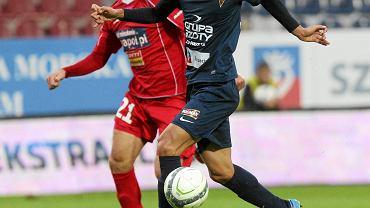 Takuya Murayama podczas meczu Pogoń - Podbeskidzie we wrześniu 2013 r.