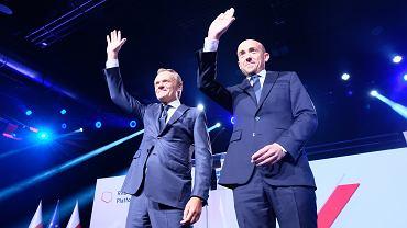 Donald Tusk i Borys Budka podczas Rady Krajowej Platformy Obywatelskiej, 3 lipca 2021 r.