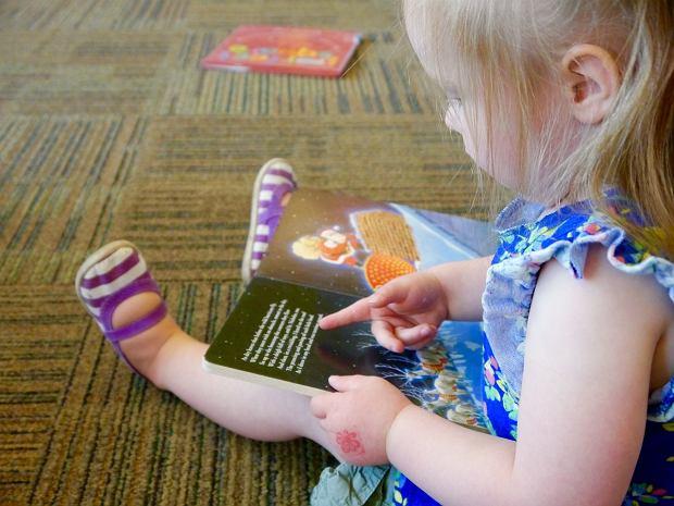 Książki dla 2-latków - po jakie pozycje warto sięgnąć?