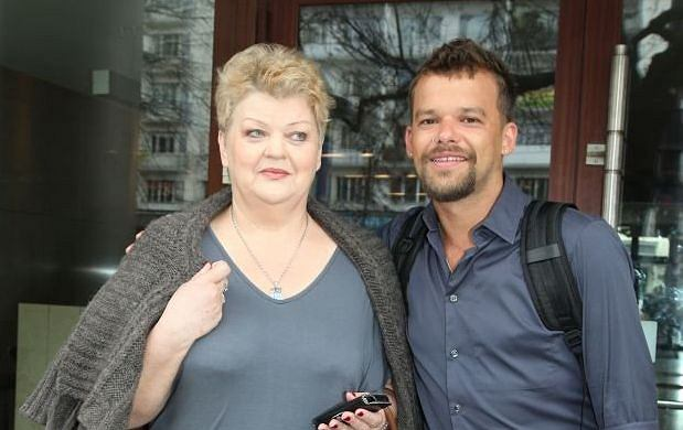 Michał Piróg z mamą