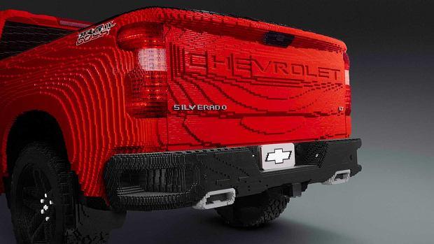 Chevrolet Silverado LEGO