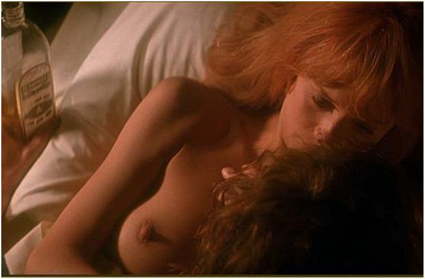 Zdjęcie numer 19 w galerii - Figura zyskała miano seksbomby, ale nie tylko ona rozbierała się na ekranie. Te aktorki nie boją się odważnych scen [18+]