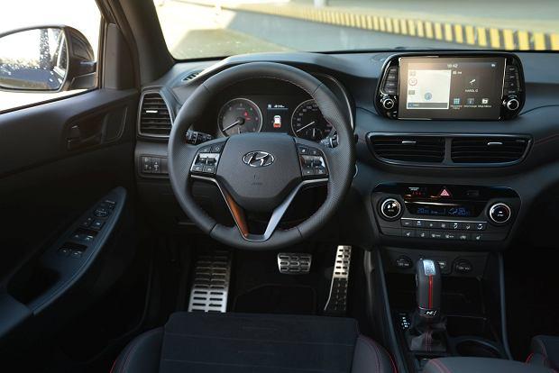 Toyota C-HR vs Hyundai Tucson