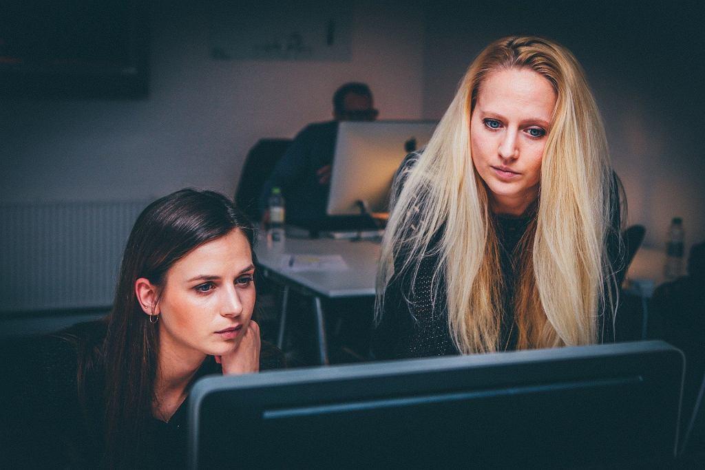Pisząc biznes plan, warto zacząć od określenia tego, czym będzie zajmowała się nasza firma