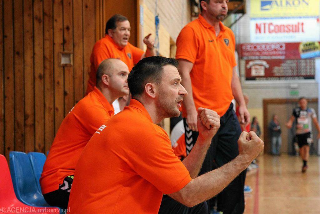 Trener Piotr Przybecki