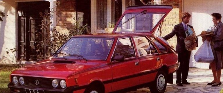 Samochód w PRL. Dla wybranych, na talon, za dolary albo po czterech latach czekania