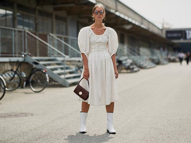 sukienka biała midi