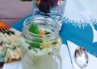 Letni chłodnik z ogórka i avocado z chutneyem z pomidora i mięty - Zdjęcia