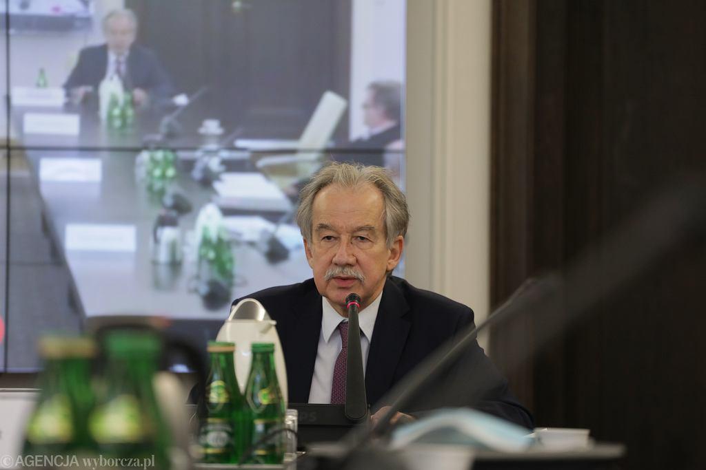 Wybory prezydenckie 2020. Były przewodniczący Państwowej Komisji Wyborczej Wojciech Hermeliński podczas konsultacji w sprawie ustawy o głosowaniu korespondencyjnym w Senacie