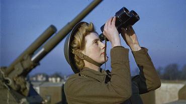 Brytyjska Pomocnicza Służba Terytorialna (ATS) w akcji na terenie Wielkiej Brytanii (grudzień 1942 roku)