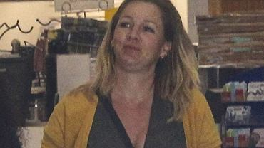 Paparazzo spotkał gwiazdę 'Beverly Hills, 90210'. Poznajecie która to aktorka? Podpowiedź: w serialu grała jedną z głównych ról.