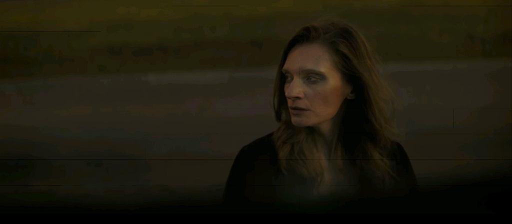Kadr z klipu 'I Promise'