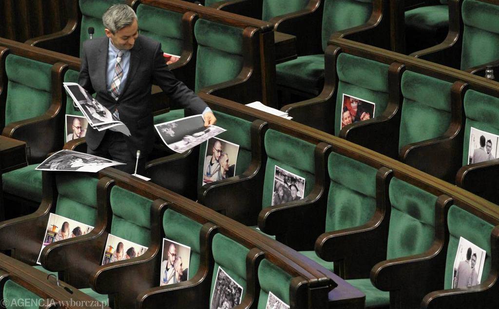 Robert Biedroń, poseł Ruchu Palikota, przed głosowaniem projektu o związkach partnerskich