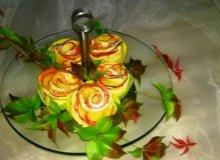 Karnawałowe różyczki z jabłkiem - ugotuj