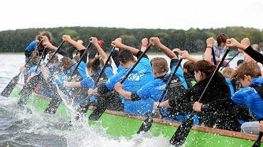 Na jeziorze Krzywym w Olsztynie odbył się XI Ogólnopolski Festiwal Smoczych Łodzi