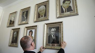 Co może Rzecznik Praw Obywatelskich? Ostatnio najgorętszy fotel w polskiej polityce