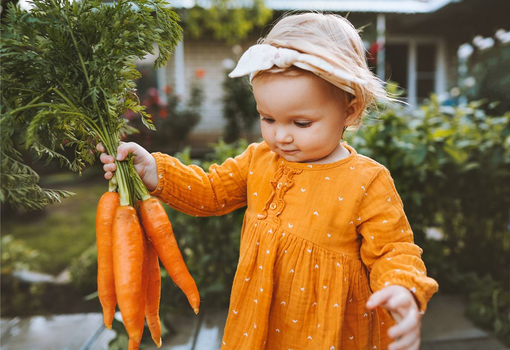 Z brakiem apetytu u dzieci mierzy się wielu rodziców, ale nie należy tego lekceważyć