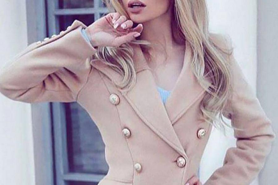 płaszcz pudrowy