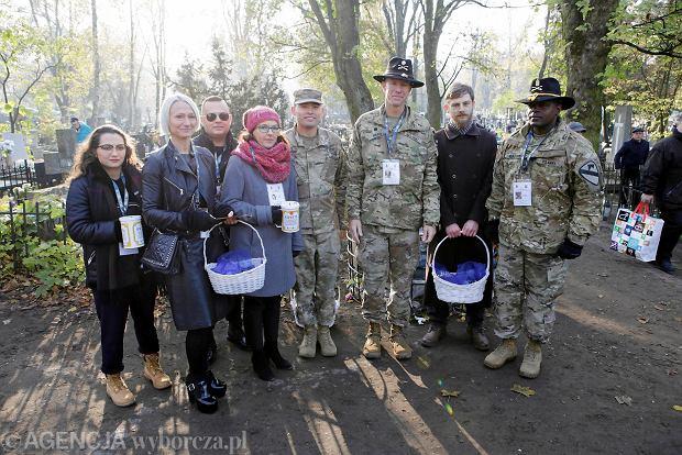 Zdjęcie numer 37 w galerii - Rekordowa kwesta. Na cmentarzu św. Jerzego w Toruniu udało się zebrać 23,5 tys. zł
