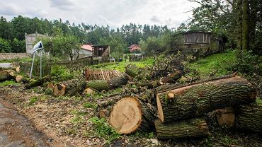 Do Sośna, zrujnowanego po nawałnicy, spływa pomoc, ale wciąż potrzeba rąk do pracy, materiałów budowlanych, środków higienicznych