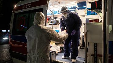 Praca medyków (zdjęcie ilustracyjne)