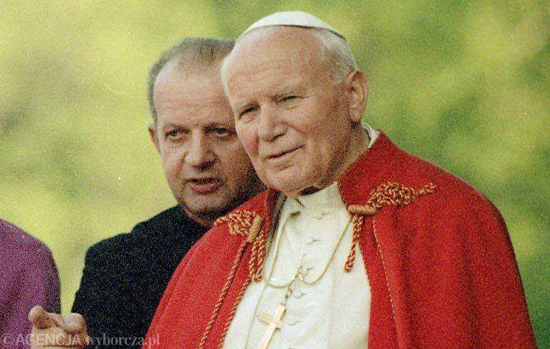 Jan Paweł II i kardynał Stanisław Dziwisz