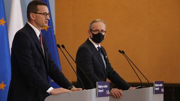 Dwa dni wolnego za oddanie osocza przez ozdrowieńców. Premier Morawiecki zachęca do zostania dawcą