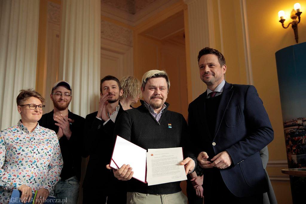 Podpisanie Warszawskiej Deklaracji LGBT+ przez prezydenta m.st. Warszawy Rafała Trzaskowskiego