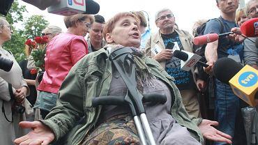 Janina Ochojska na manifestacji 'Dzień SuperMatki'
