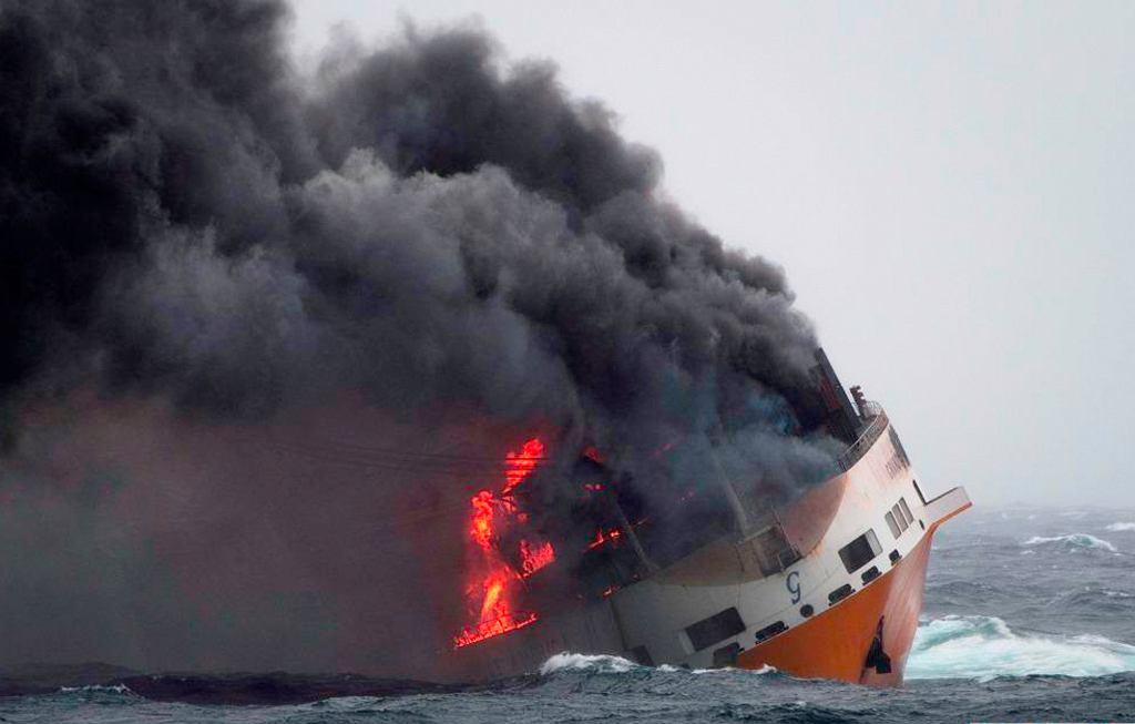 Statek 'Grande America' zatonął u wybrzeży Francji
