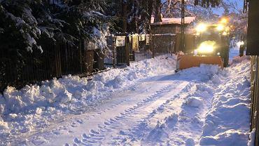 Opady śniegu. Białystok odśnieżanie miasta